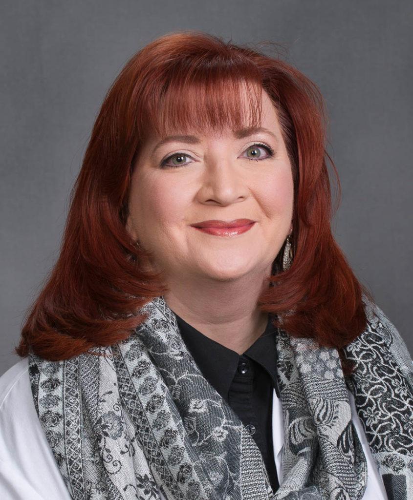 Photo of Angela Deschner, F.N.P.-BC